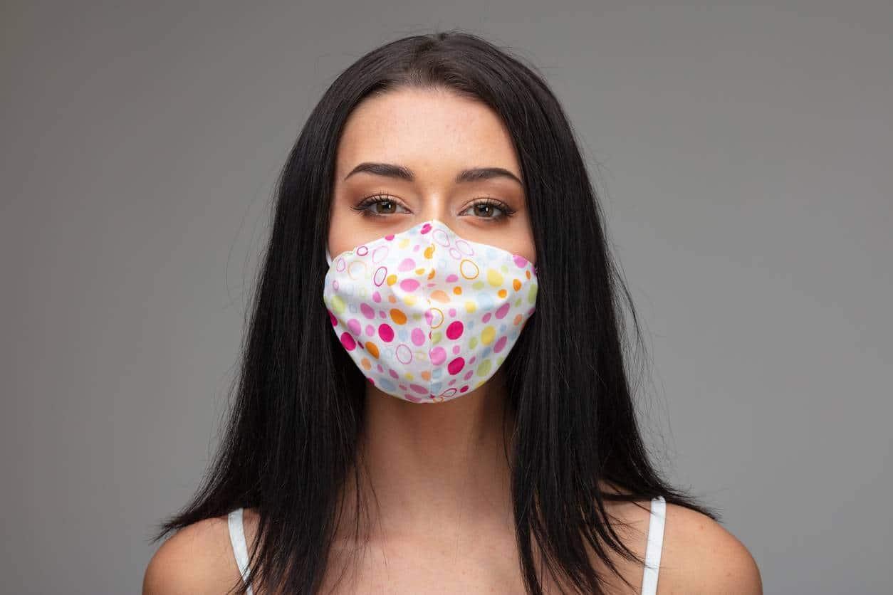 masque en tissu fait-main