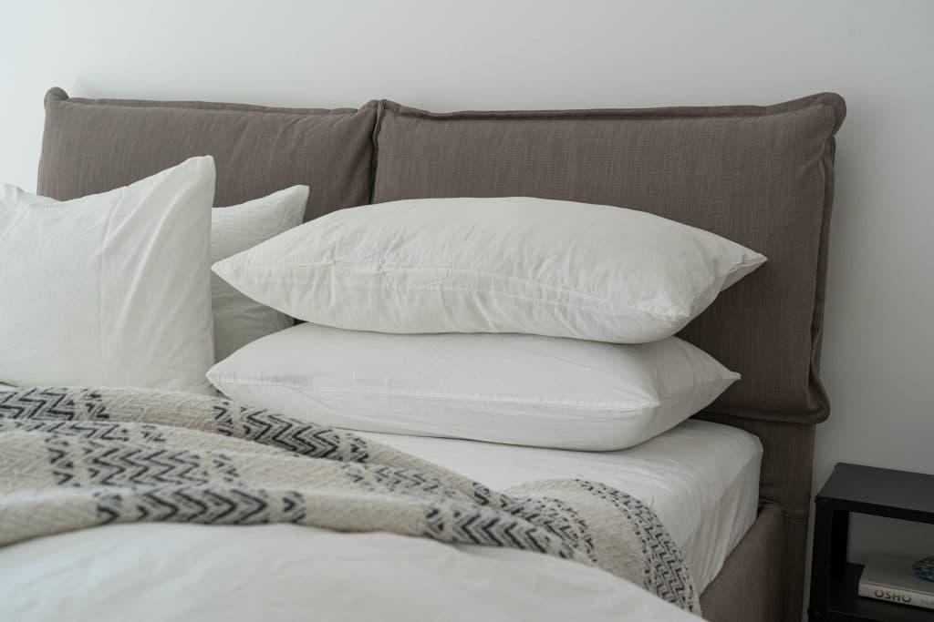 Quel type d'oreiller en fonction de sa façon de dormir ?
