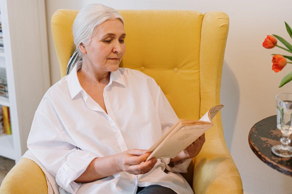 Les aides à domicile : quels sont les avantages ?