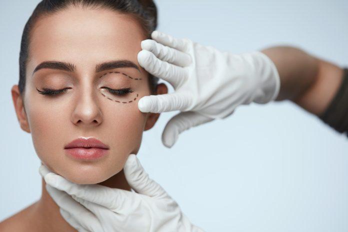 La chirurgie des paupières : quand faut-il y recourir ?