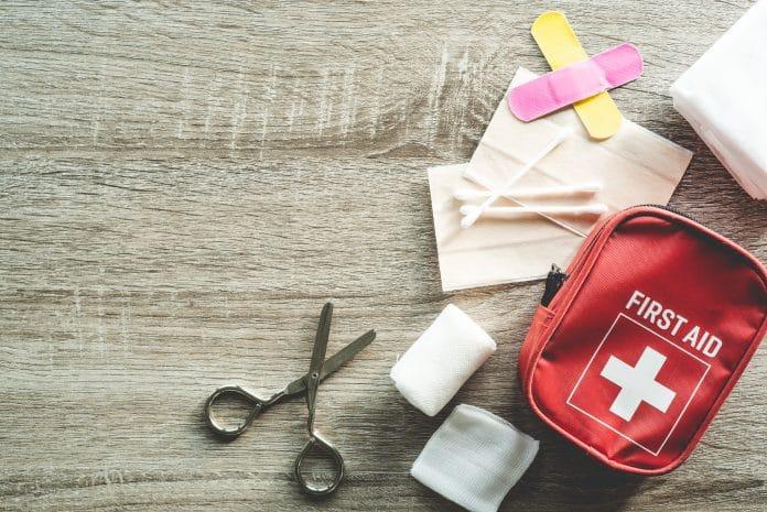 Trousse à pharmacie en entreprise : que doit-elle contenir ?