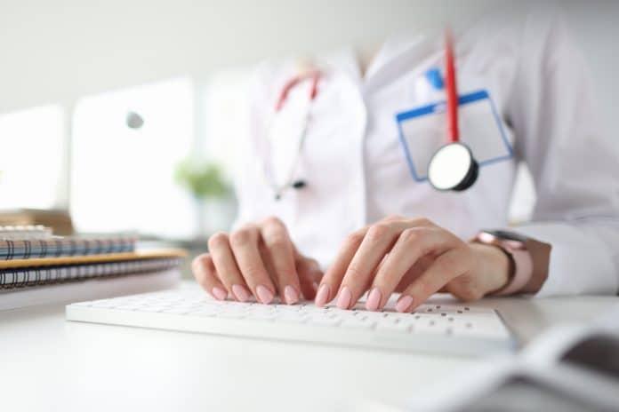 Professionnels de la santé : pourquoi s'inscrire à une formation DPC ?