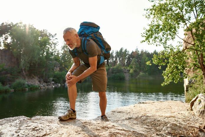 Comment éviter les douleurs aux genoux durant une randonnée ?