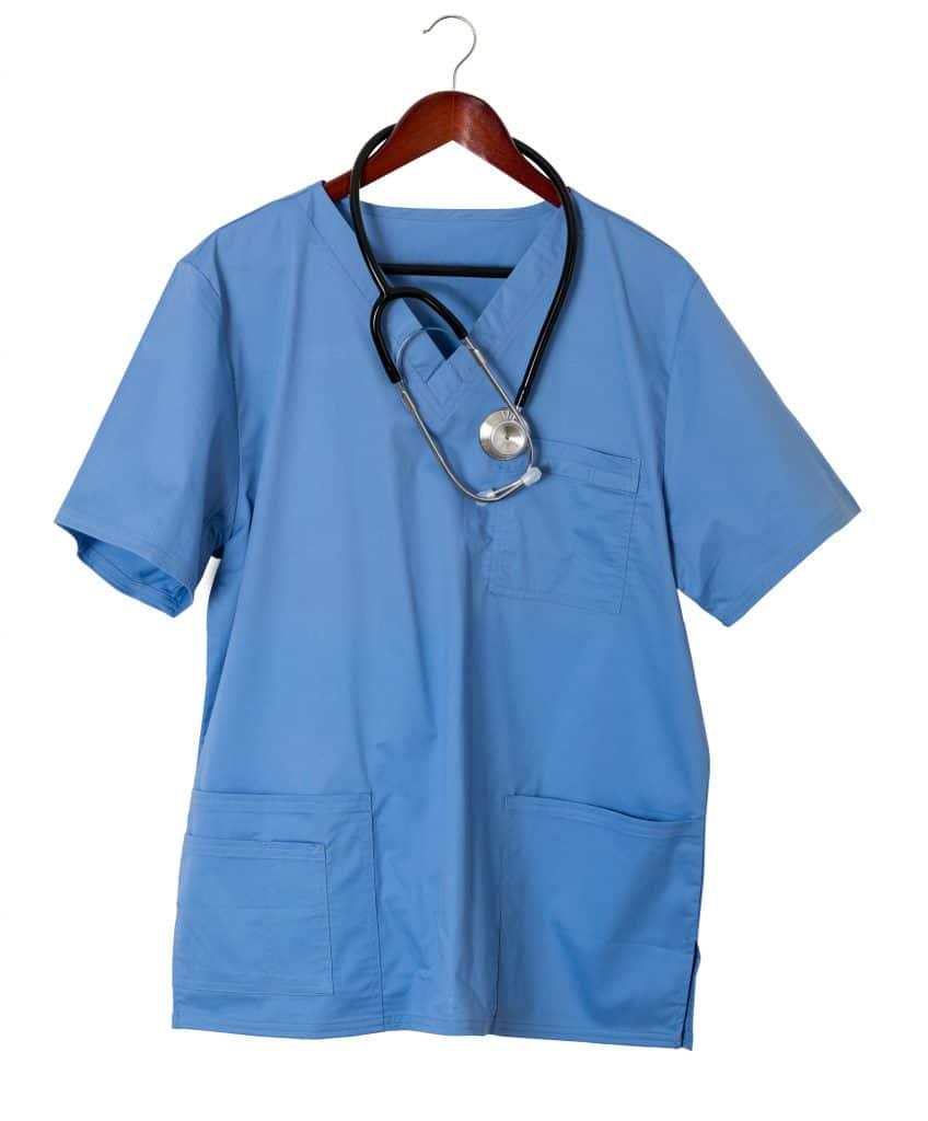 Acheter une blouse médicale : comment la choisir ?