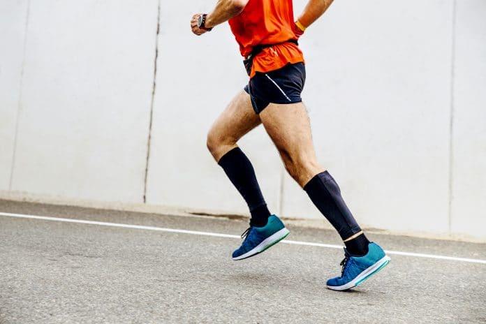 Course à Pied : Comment Choisir ses Chaussettes de Running ?
